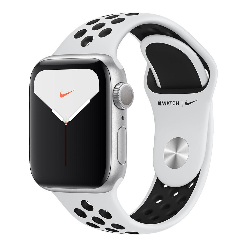 Apple Watch Nike+ Series 5, 40 мм, корпус серебристого цвета, ремешок Nike цвета «чистая платина/чёрный»